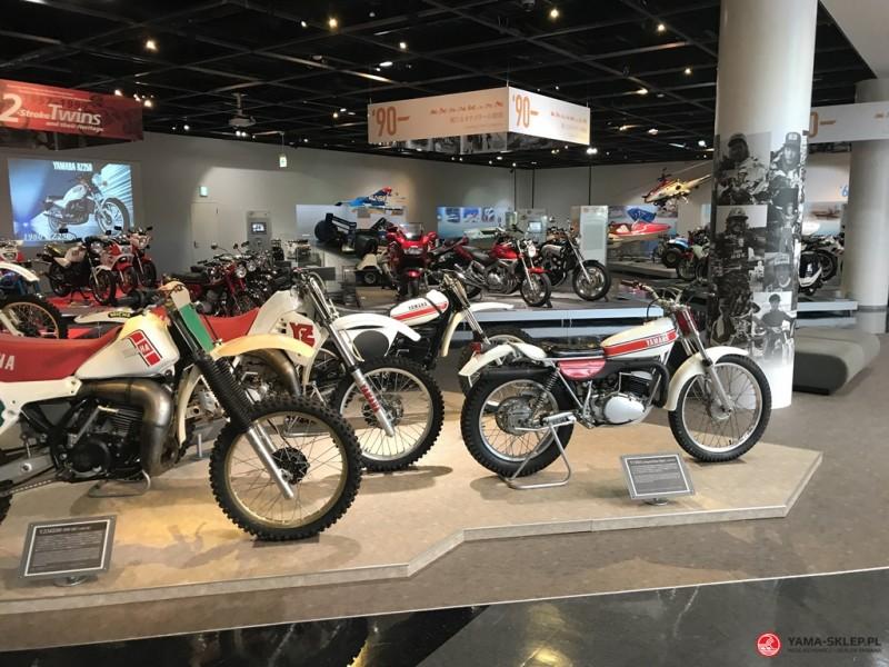 5a933aa53c455 Yamaha to niezwykła marka. Jej początki, bogata historia i wyjątkowe,  japońskie podejście do tematu motoryzacji sprawiają, że – tak – można się  zakochać!